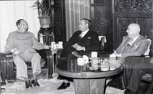 3/18/63Peiping China A smiling Mao TseTung plays host as he meets with Pakistan's Minister of External Affairs Zulfigar Ali Bhutto who led a...