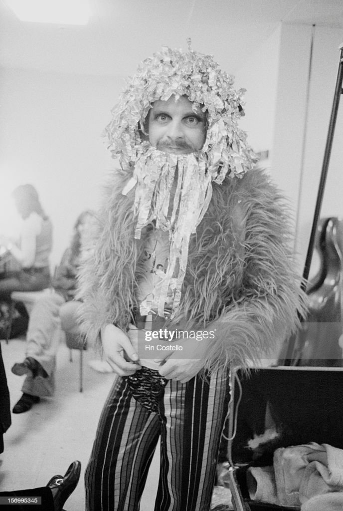 Jeff Lynne from English rock group Electric Light Orchestra poses backstage on BBC TV show Top Of The Pops on 31st January 1973.