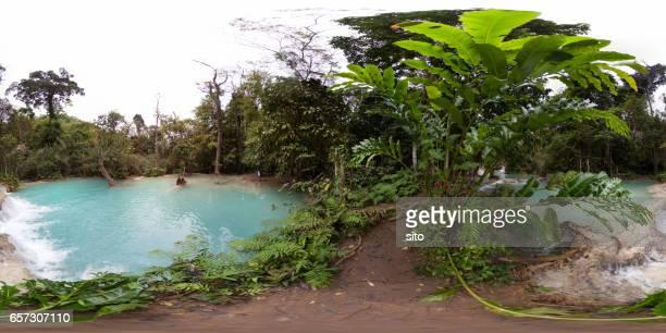 360-degree view at Kuang Si Falls fitst pool