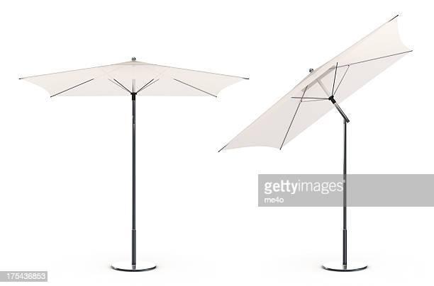 3 d weißen Sonnenschirm am Strand