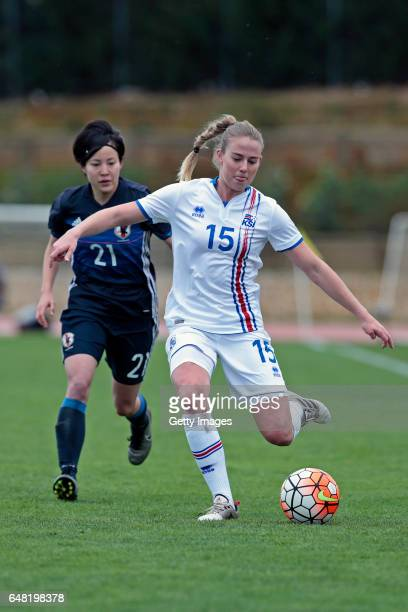 Hikaru Kitagawa of Japan Women challenges Elin Metta Jensen of Iceland Women during the match between Japan v Iceland Women's Algarve Cup on March...
