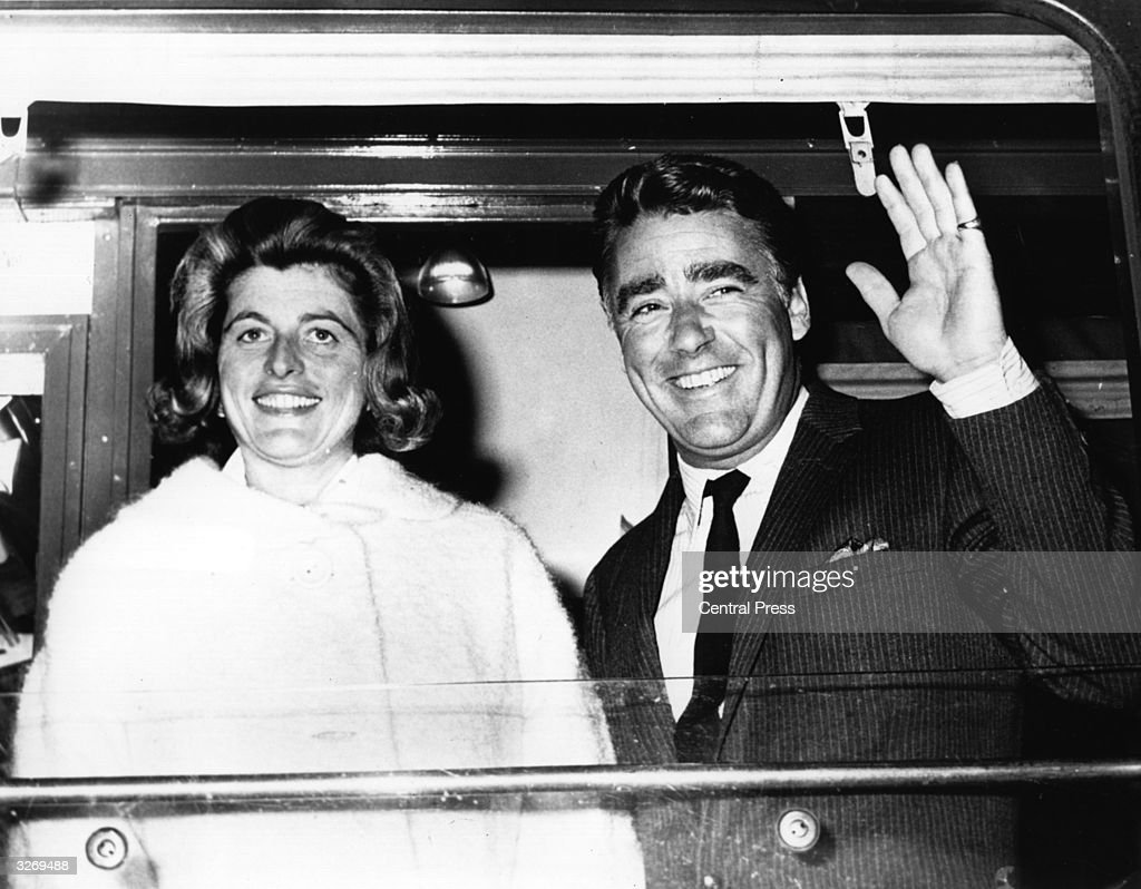 British actor <a gi-track='captionPersonalityLinkClicked' href=/galleries/search?phrase=Peter+Lawford&family=editorial&specificpeople=85811 ng-click='$event.stopPropagation()'>Peter Lawford</a> (1923 - 1984) with his wife, Pat Kennedy, sister of President John F. Kennedy.