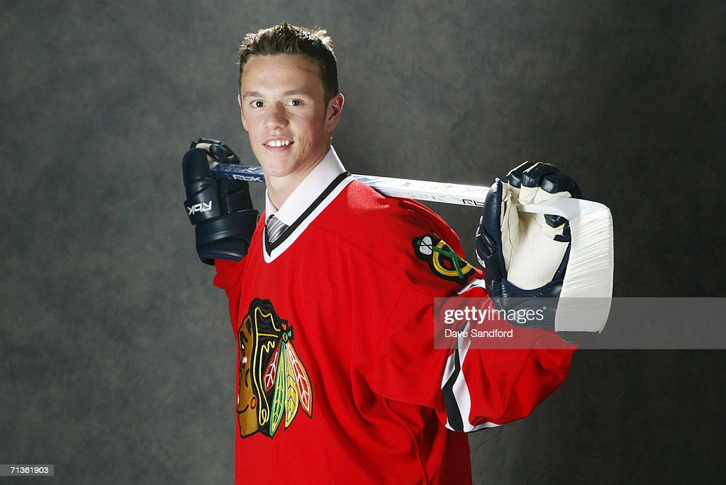 3rd overall pick <a gi-track='captionPersonalityLinkClicked' href=/galleries/search?phrase=Jonathan+Toews&family=editorial&specificpeople=537799 ng-click='$event.stopPropagation()'>Jonathan Toews</a> of the Chicago Blackhawks poses for a photo at the 2006 NHL Draft held at General Motors Place on June 24, 2006 in Vancouver, Canada.