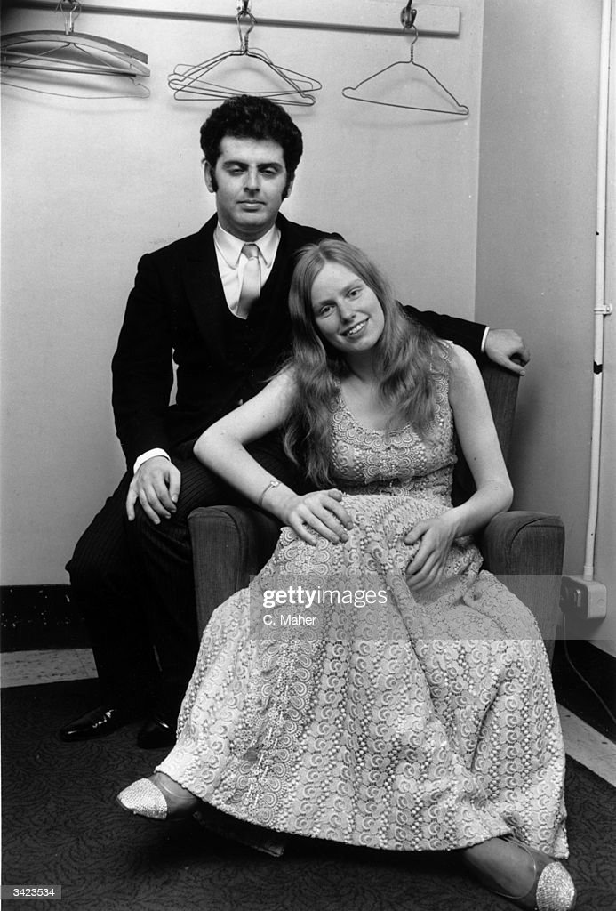 English cellist Jacqueline Du Pre (1945 - 1987) with her husband, pianist <a gi-track='captionPersonalityLinkClicked' href=/galleries/search?phrase=Daniel+Barenboim&family=editorial&specificpeople=242823 ng-click='$event.stopPropagation()'>Daniel Barenboim</a>, in a dressing room at the Royal Albert Hall. The musical couple are about to give a concert in aid of Czechoslovakian refugees.