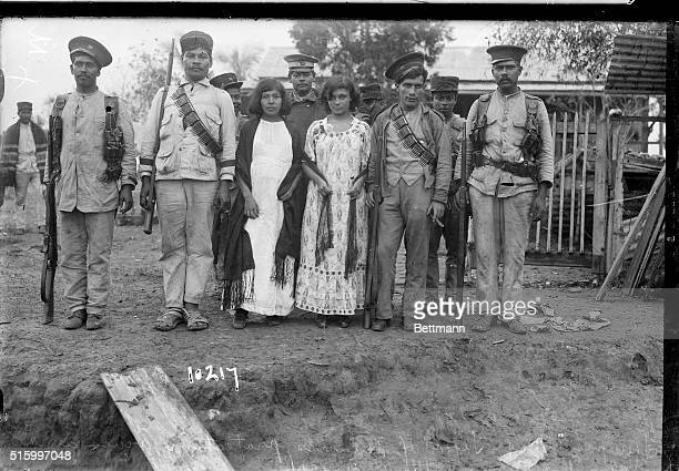 4/1914Tampico MexicoFederal soldiers protecting wives and daughters during battle
