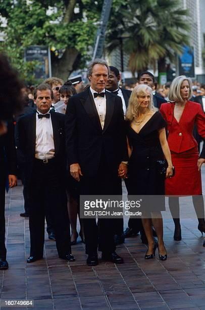 41st Cannes Film Festival 1988 Le 41ème Festival de CANNES se déroule du 11 au 23 mai montée des marches pour pour l'équipe du film 'Bird' de Clint...