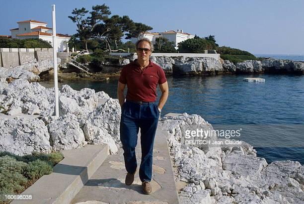 41st Cannes Film Festival 1988 Rendezvous With Clint Eastwood Le 41ème Festival de CANNES se déroule du 11 au 23 mai attitude de Clint EASTWOOD...