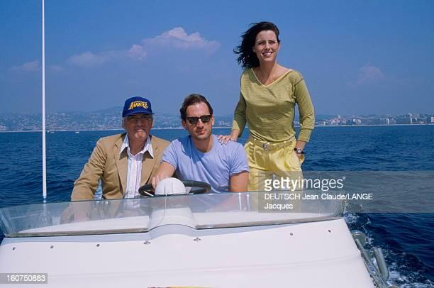 Gregory Peck Le 42ème Festival de CANNES se déroule du 11 au 23 mai Gregory PECK coiffé d'une casquette avec ses enfants Cecilia 31 ans et Anthony 32...