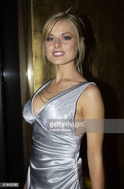 Madeleine West Nude Photos 34