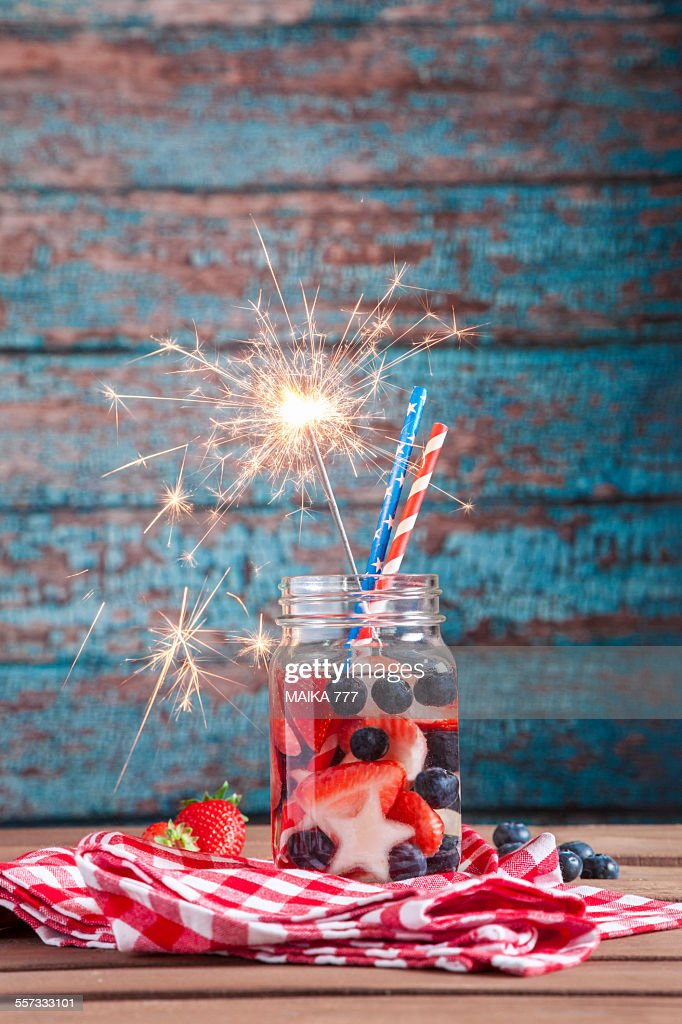 4th of July, fruit infused water in mason jar