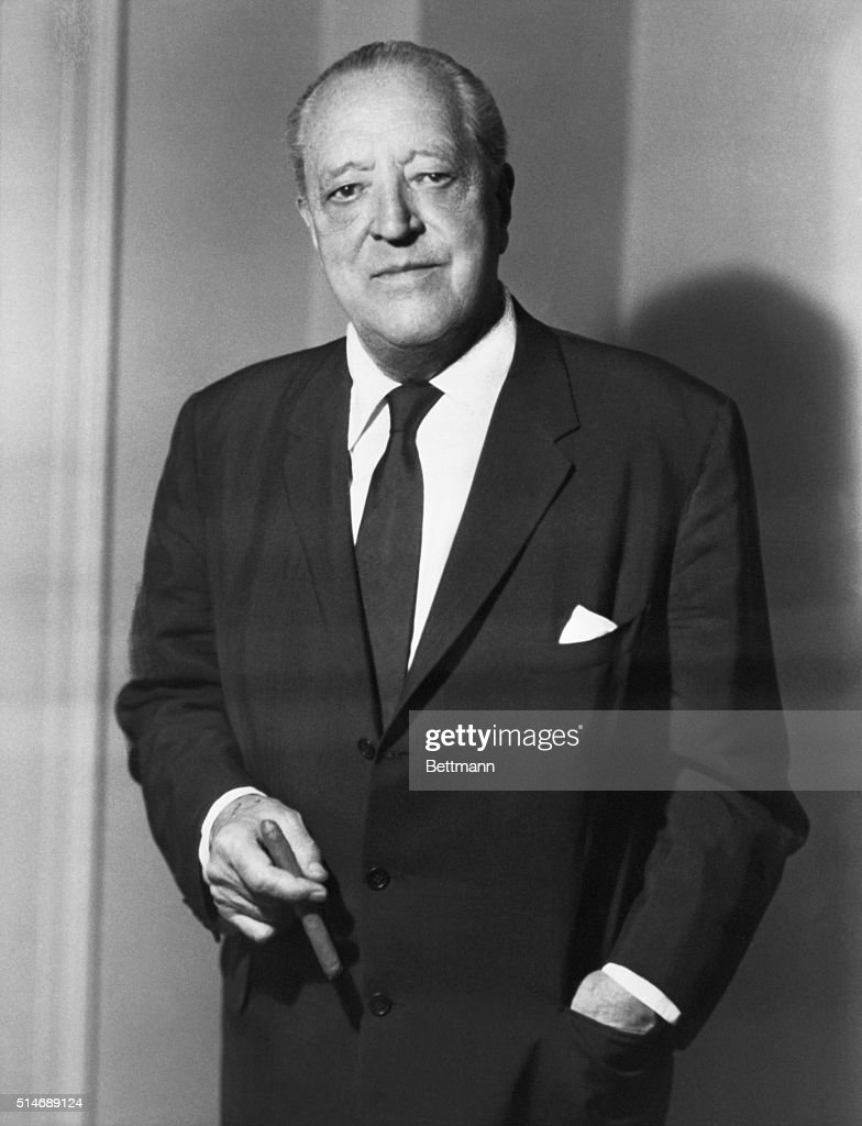 a biography of the architect mies van der rohe Ludwig mies van der rohe, a german architect, along with walter gropius and le corbusier, is widely regarded as one of the pioneering masters of modern architecture.
