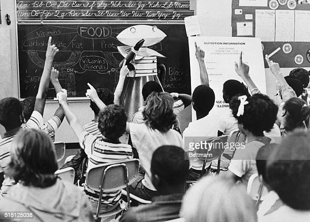 5/2/1980Miami FL Students at Miami Gardens Elementary School in Miami respond to some tough questions about nutrition from an unusual 'teacher' NUTRO...