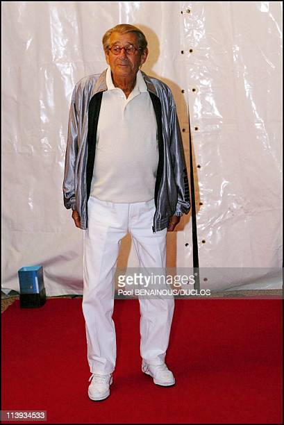 55th Cannes film festival Georgio Armani's party In Cannes France On May 21 2002Helmut Newton