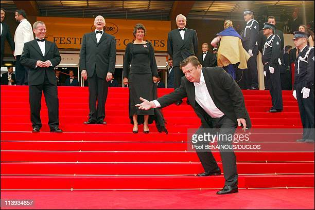 55th Cannes film festival Stairs of 'Mies Vailla Menneisyytta' In Cannes France On May 22 2002Aki Kaurismaki