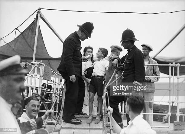 Spanish revolt refugees arrive in Gibraltar