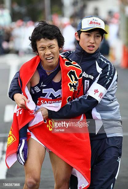 5th runner of Meiji University Hiroki Oe finishes third during day one of the 88th Hakone Ekiden on January 2 2012 in Hakone Kanagawa Japan