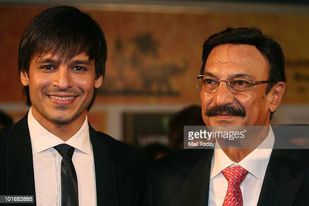 Vivek and Suresh Oberoi at the IIFA awards in Colombo on June 5 2010