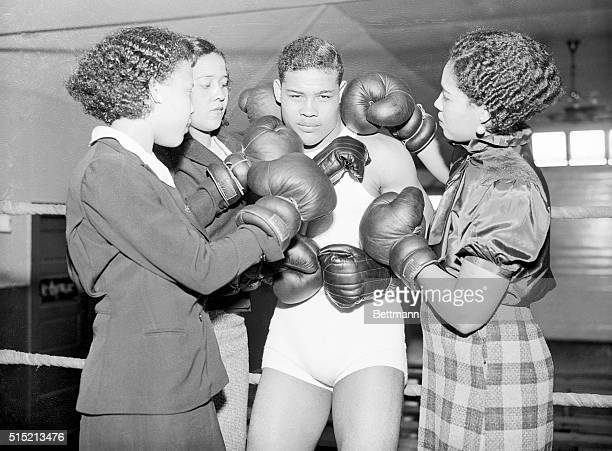 6/20/1935Pompton Lakes NJ Joe Louis Brown Bomber from Detroit who is training here for his Milk Fund bout with Primo Carnera on June 25 is shown here...