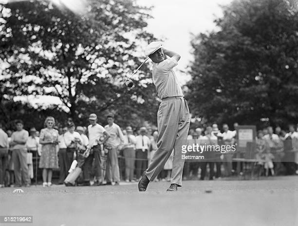 6/30/1945Chicago IllinoisA favorite in the Victory National Open at Calumet Country Club Byron Nelson tees off for the first round of the meet Nelson...