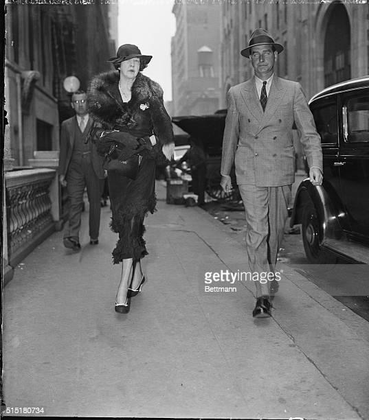 Cornelius V. Whitney Stock Photos and Pictures | Getty Images Cornelius Vanderbilt Wife