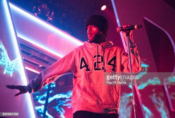 6lack performs on stage at Spotify's RapCaviar Live at The Tabernacle on August 12 2017 in Atlanta Georgia