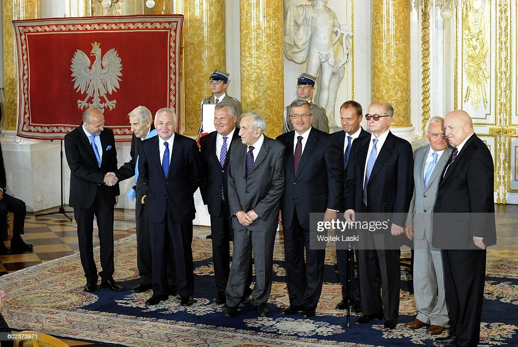 Inauguration ceremony of the President of the Republic of Poland <a gi-track='captionPersonalityLinkClicked' href=/galleries/search?phrase=Bronislaw+Komorowski&family=editorial&specificpeople=836872 ng-click='$event.stopPropagation()'>Bronislaw Komorowski</a>. Handing over of insignia of the Order of the White Eagle at Royal Castle in Warsaw, Poland, on 6th August 2010. Pictured from the left: Kazimierz Marcinkiewicz, Wieslaw Chrzanowski, Jan Krzysztof Bielecki, <a gi-track='captionPersonalityLinkClicked' href=/galleries/search?phrase=Aleksander+Kwasniewski&family=editorial&specificpeople=171152 ng-click='$event.stopPropagation()'>Aleksander Kwasniewski</a>, <a gi-track='captionPersonalityLinkClicked' href=/galleries/search?phrase=Tadeusz+Mazowiecki&family=editorial&specificpeople=217774 ng-click='$event.stopPropagation()'>Tadeusz Mazowiecki</a>, <a gi-track='captionPersonalityLinkClicked' href=/galleries/search?phrase=Bronislaw+Komorowski&family=editorial&specificpeople=836872 ng-click='$event.stopPropagation()'>Bronislaw Komorowski</a>, <a gi-track='captionPersonalityLinkClicked' href=/galleries/search?phrase=Donald+Tusk&family=editorial&specificpeople=870281 ng-click='$event.stopPropagation()'>Donald Tusk</a>, <a gi-track='captionPersonalityLinkClicked' href=/galleries/search?phrase=Wojciech+Jaruzelski&family=editorial&specificpeople=206791 ng-click='$event.stopPropagation()'>Wojciech Jaruzelski</a>, <a gi-track='captionPersonalityLinkClicked' href=/galleries/search?phrase=Leszek+Miller&family=editorial&specificpeople=1276417 ng-click='$event.stopPropagation()'>Leszek Miller</a>, Jozef Oleksy.