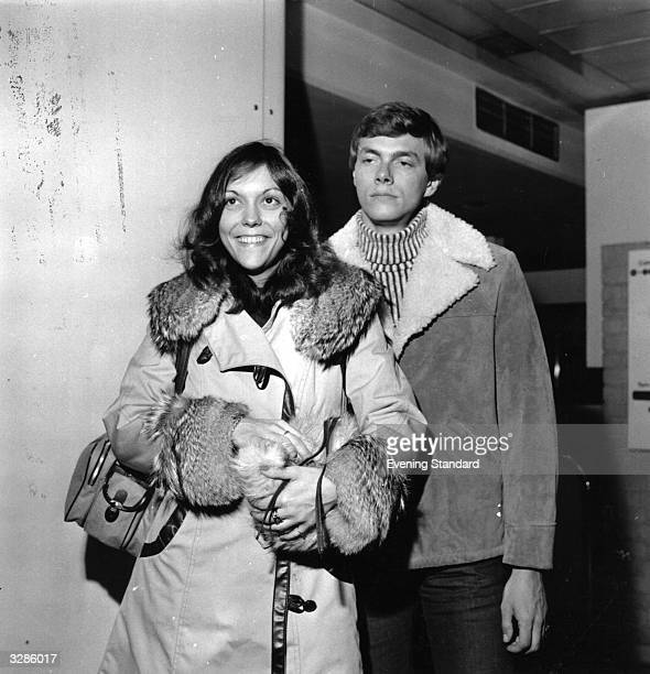 Brother and sister Karen vocals and drums and Richard Carpenter piano and vocals together the highly successful American pop duo The Carpenters