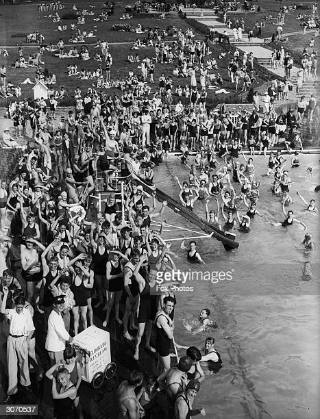 Crowds at the newly opened lido in Guildford Surrey