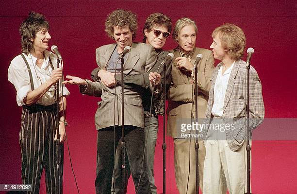 The Rolling Stones assemble at Grand Central Terminal to announce a longawaited tour and a new album Steel Wheels Rigth to left are Bill Wyman...