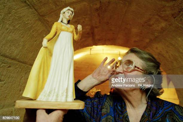 75yearold Anna Tribe the greatgreatgreat granddaughter of Lord Nelson looks at a figurine of Emma Lady Hamilton Nelson's wife Descendants of Horatio...