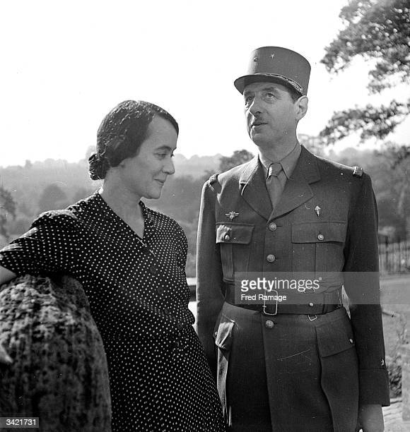 French politician soldier and leader of the Free French Army during the Second World War Charles De Gaulle with his wife Yvonne in the garden of...