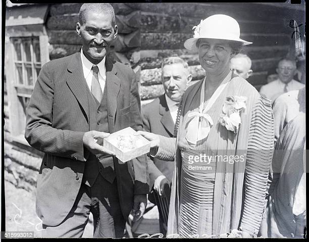 8/12/1933White Top Mountain Virginia John Smith faithful negro servant of the late Elliot Roosevelt father of Mrs Franklin D Roosevelt is shown...