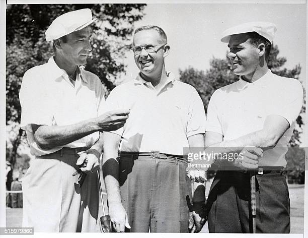 8/16/1955Niles IL Bob Rosburg of Palo Alto California who had a 66 in the first round of play at the Tam O'Shanter Country Club world championship...