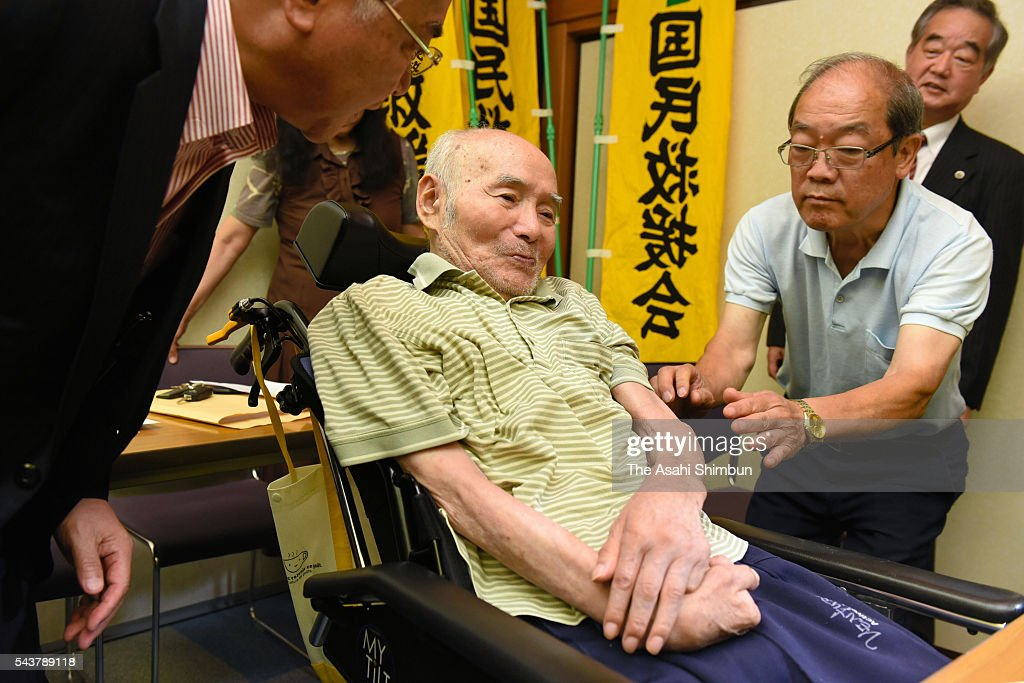 83-year-old Koki Miyata attends a press conference after the Kumamoto District Court decided to retry him on June 30, 2016 in Kumamoto, Japan. Miyata appealed for retrial in 2012, after served 13 years in prison.