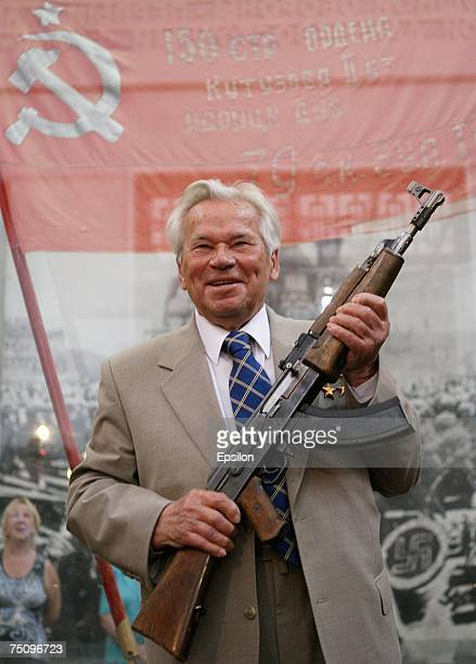 87yearold Russian weapon designer Mikhail Kalashnikov inventor of the world famous AK47 assault rifle attends a ceremony to celebrate the rifle's...