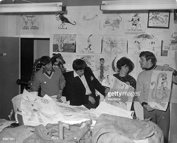 Actor Patrick Troughton who plays Dr Who at the BBC Television Centre with Blue Peter presenters John Noakes Valerie Singleton and Peter Purves The...