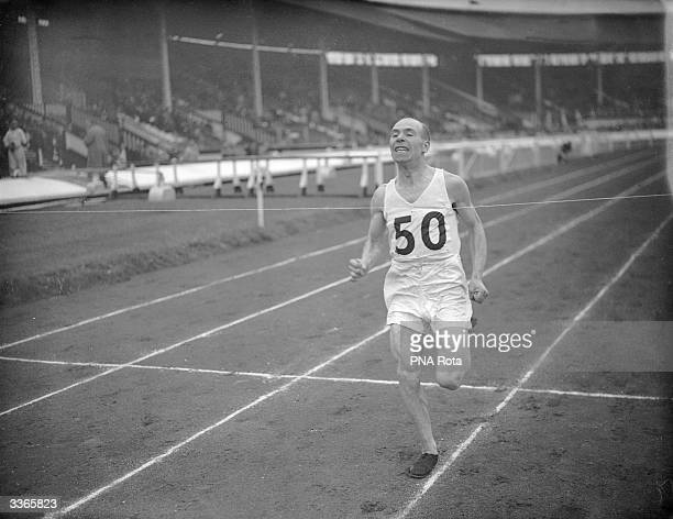 DM Robertson running in the marathon at the AAA championship at White City in London