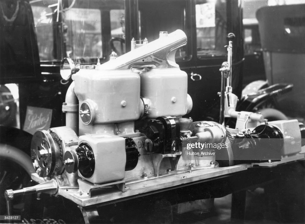 An Arrol Johnston Electric Self Starter Engine on display at the motor show at London's Olympia