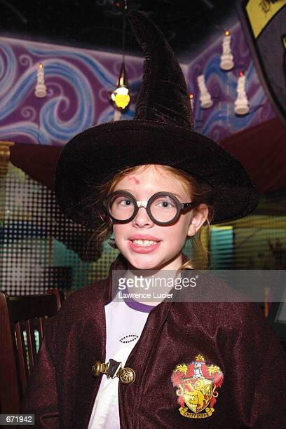 8yearold Kelly O''Connell attends a Harry Potter costume party as ''Harry Potter'' at The Scholastic Store's Hogwarts Castle November 17 2001 in New...