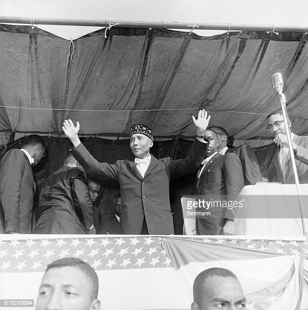 9/10/1961Washington DC Elijah Mohammed leader of the Black Muslims is shown here at a prayer meeting at Griffith Stadium today Mohamed held a Debate...