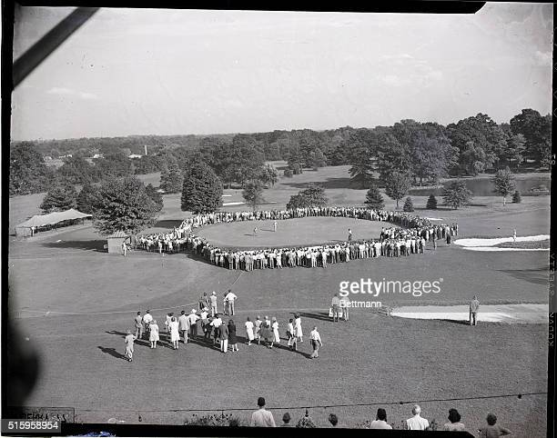 9/11/46Springfield New Jersey General view of the gallery September 11 as Public Links champion Smiley Quick Inglewood Calif sank a putt on the 10th...