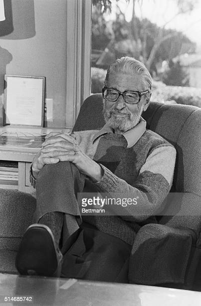 9/14/1986La Jolla CA Sitting in his office in La Jolla CA is Theodor Seuss Geisel a/k/a Dr Seuss one of the most celebrated authors of children's...