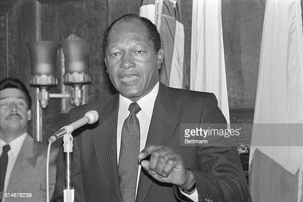 9/15/1985Los Angeles CA Los Angeles Mayor Tom Bradley talks to reporters condemning Black Muslim leader Louis Farrakhan's speech as antiSemitic and...