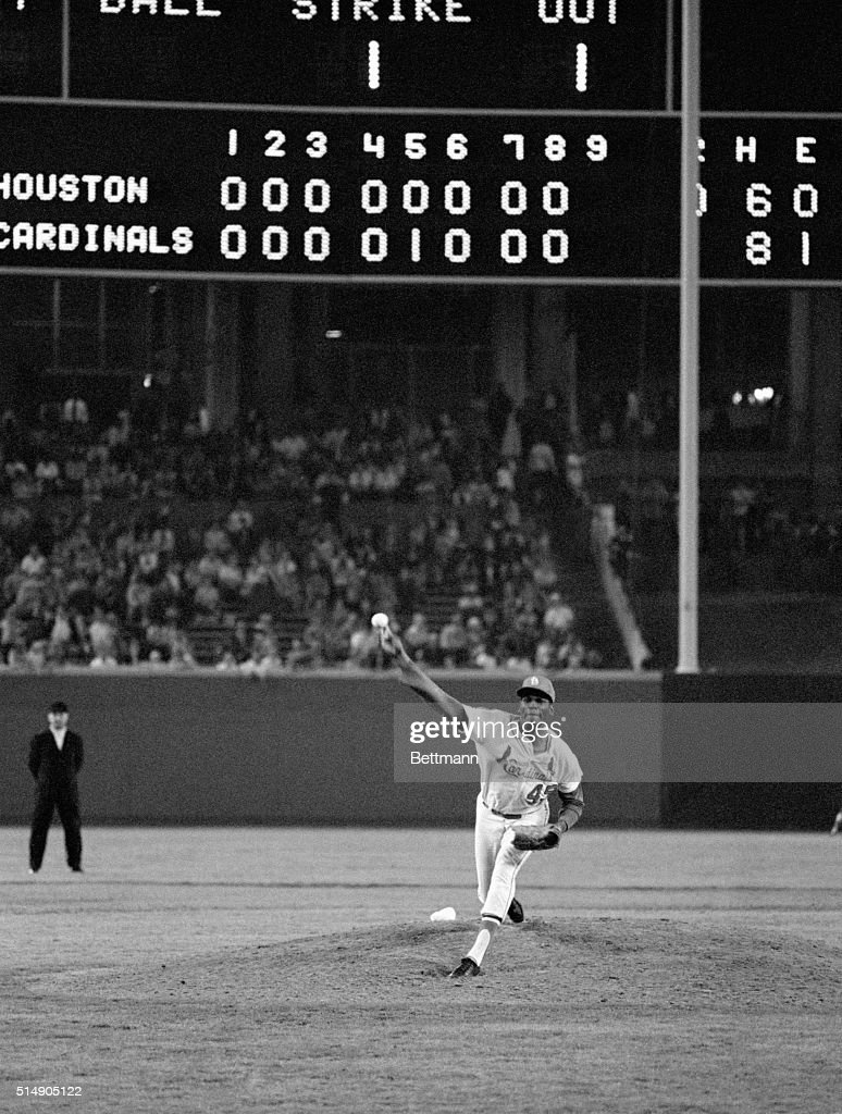 9/27/1968St Louis MO St Louis Cardinals' Bob Gibson tuned up for his opening game World Series assignment by tossing his 13th shutout to compile the...