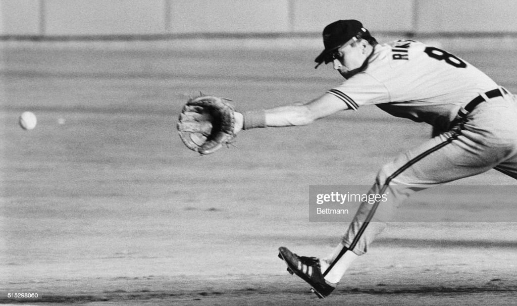 9/7/1989Arlington TX Baltimore's Cal Ripken Jr stretches but can't quite get to a ground ball hit by Texas' Chad Kreuter during third inning action...