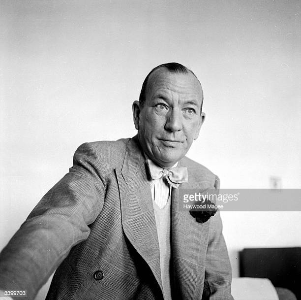 English actor and playwright SIr Noel Coward He and other amateur artists are currently exhibiting works at London's Trafford Gallery to raise money...