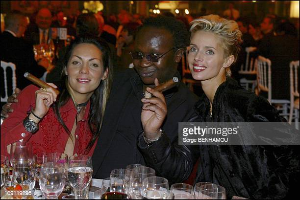 '9Th Night Of The Cigar Lover' On December 6 2003 In Paris France Hermine De Clermont Tonnerre Magloire Heather StewartWhite