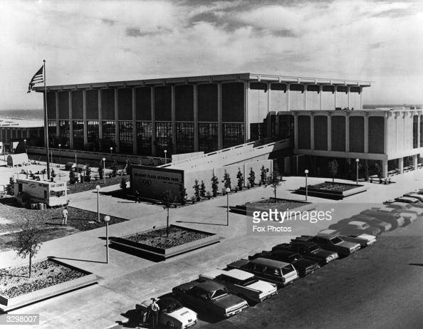 Belmont Plaza Stock Photos And Pictures Getty Images