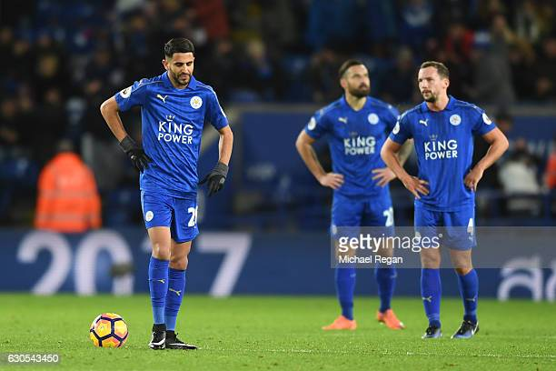 a dejected Riyad Mahrez of Leicester City and teammates look on during the Premier League match between Leicester City and Everton at The King Power...