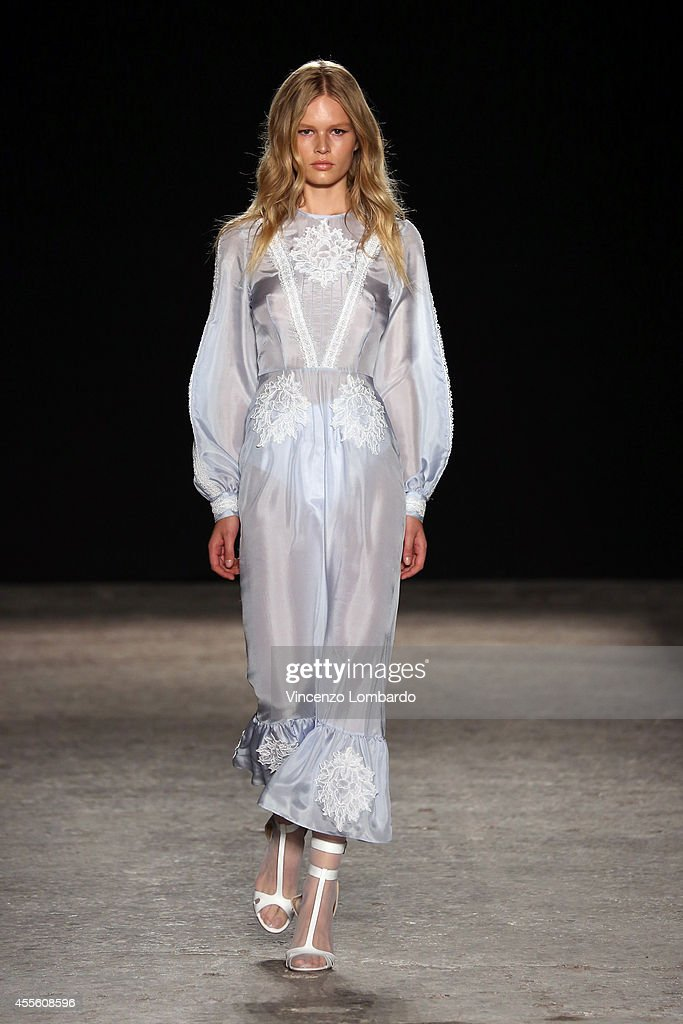 a model walks the runway during the Francesco Scognamiglio show as part of Milan Fashion Week Womenswear Spring/Summer 2015 on September 17 2014 in...